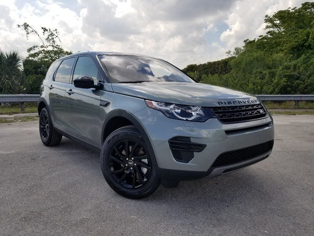 New 2019 Land Rover Discovery Sport SE